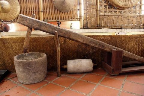 Cối giã gạo