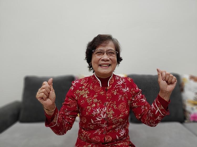 Y sĩ Nguyễn Thị Bích Lại - Quận Bắc Từ Liêm đã về hưu được 25 năm. Ảnh: Thúy Quỳnh